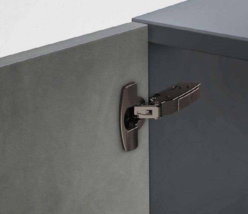 STANDARD HINGE - Sensys universal hinge in obsidian black - The multitalented hinge for all common door mounting situations - For doors in thicknesses of between 15 and 24 mm - Opening angle 110°