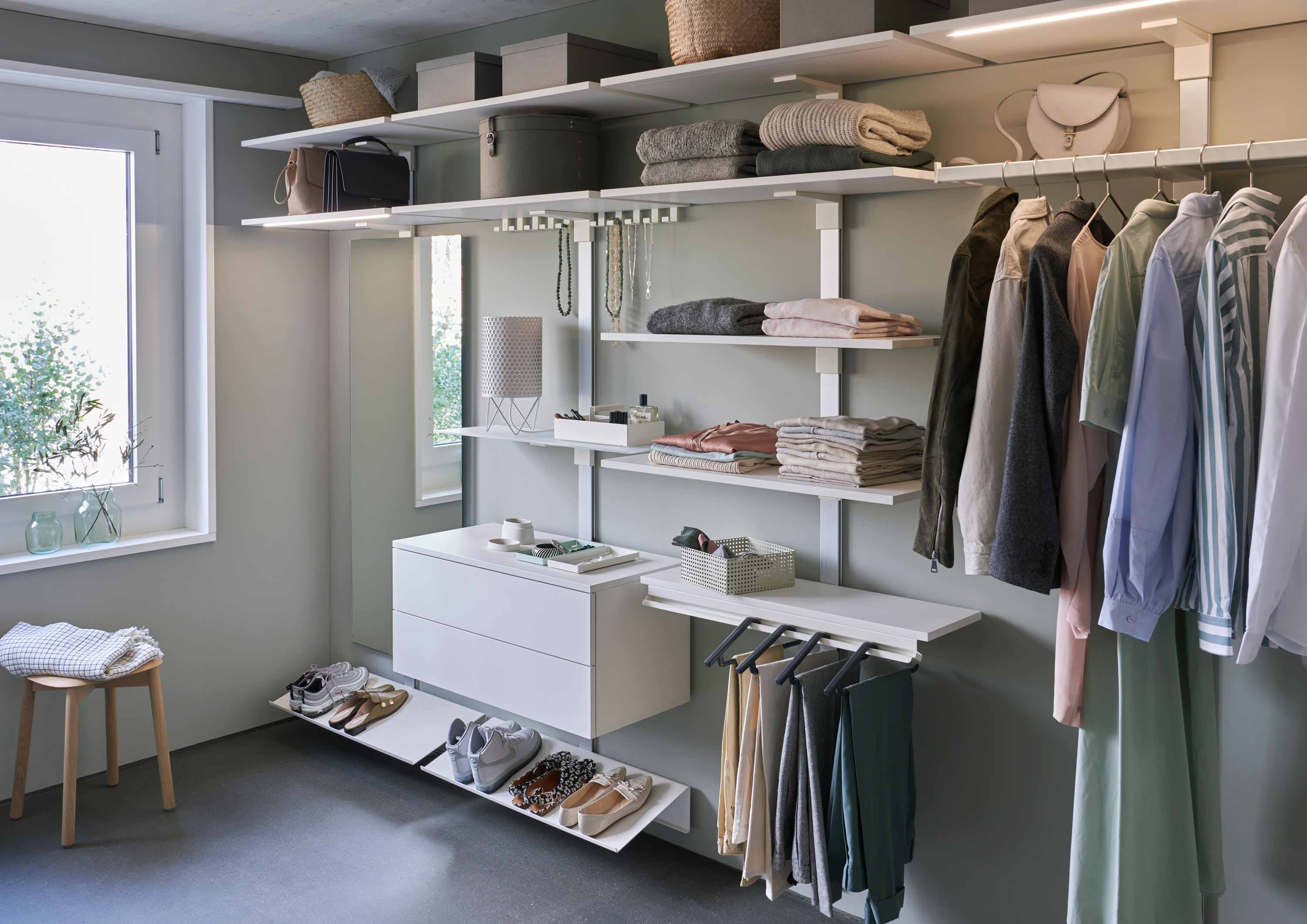 PECASA DRESSING - The dressing room: optimum use of space and crease-free clothes